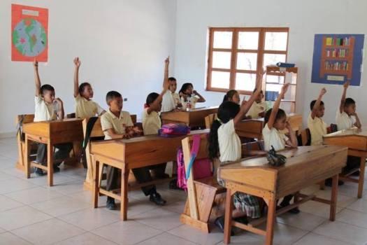 Campos Blancos School
